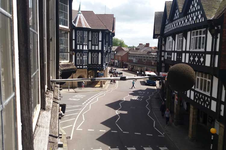 Measuring noise levels in a historic town centre